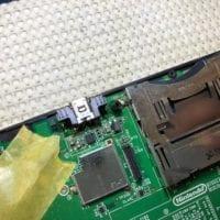 ニンテンドー3DSLL充電コネクタ修理