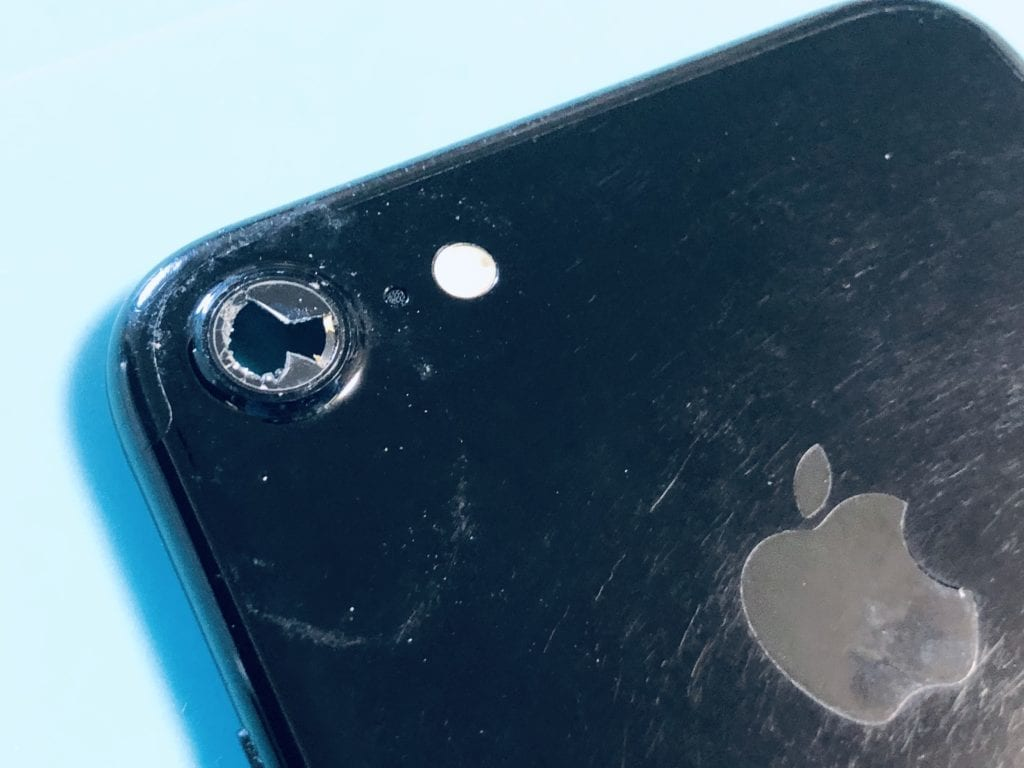 iPhone7 カメラレンズガラス割れ