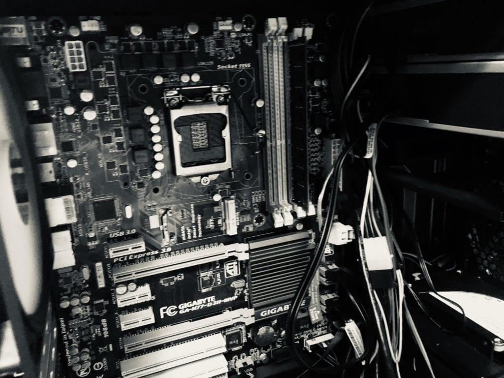 中古PCのマザーボード