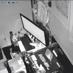 深夜のパソコン監視