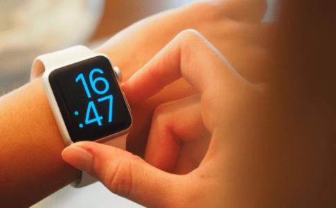 iPhoneでマスクを着用中にApple Watch で解除できない問題【iOS14.5】